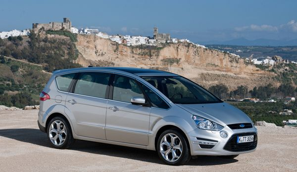 Ford S-Max