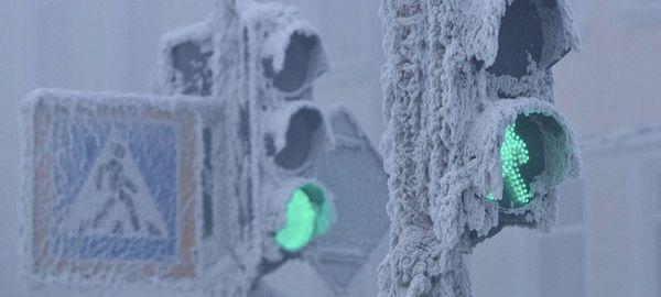 В Москве светофоры научили подстраиваться под снегопад