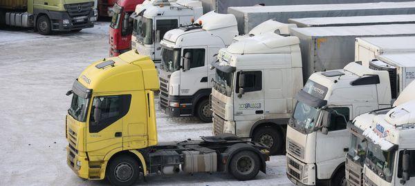 Грузоперевозки между Россией и Польшей заморожены