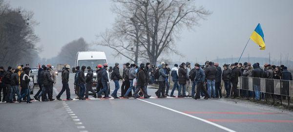 Правительство готовится принять более жесткие меры в ответ на блокаду фур на Украине