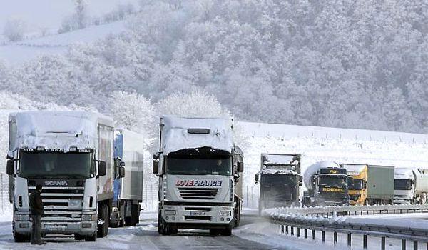 Движение фур через Украину разблокировано и происходит без препятствий