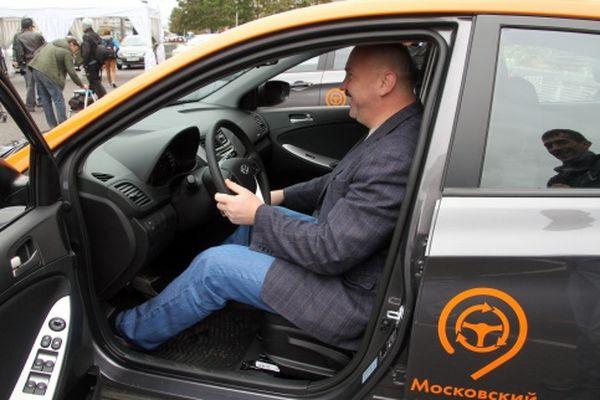На автомобили системы каршеринга «Делимобиль» будут ставить алкозамки