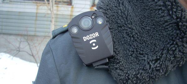 Власти Москвы закупят для полицейских 1000 портативных видеорегистраторов