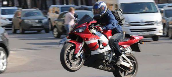 Мотоциклисты просят снизить стоимость проезда по платным дорогам на 50%