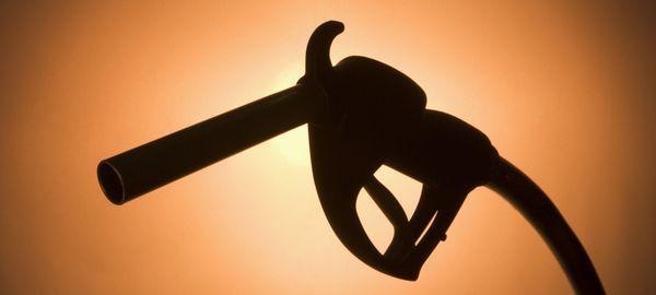 ФАС: Цены на бензин вырастут близко к инфляции