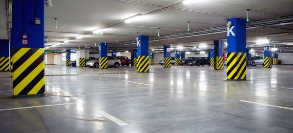 Около 2000 находящихся в собственности Москвы машиномест в гаражах планируется продать в 2016 году
