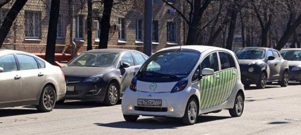 В Москве появились парконы на основе электромобилей