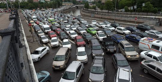 ЦОДД Москвы попросил дачников оставаться дома по пятницам