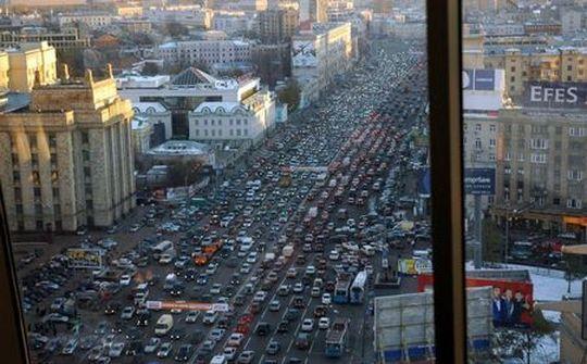 В период праздников москвичей ждет дорожный коллапс