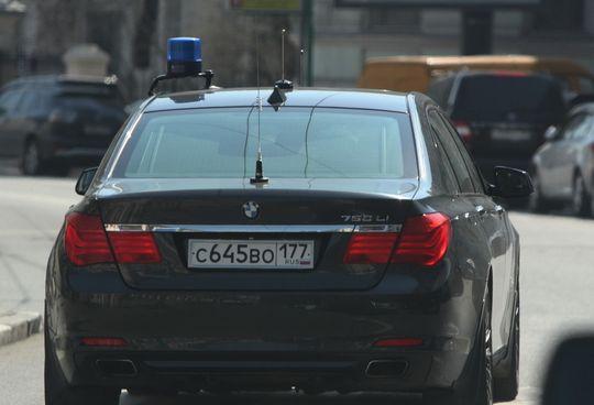 На автомобилях МВД установят еще 2 «мигалки» для борьбы с наркоманами и мигрантами