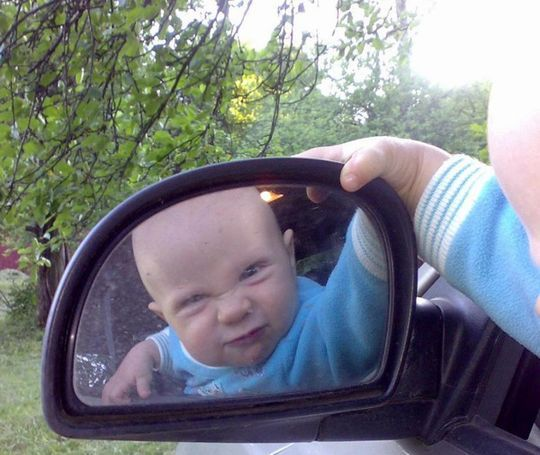 Детей в машине оставлять нельзя: штраф 3 000 рублей