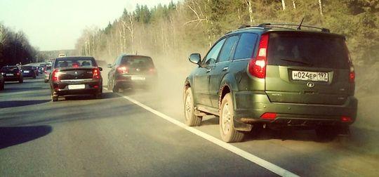 Россияне не уверены, что введение штрафа за опасную езду исправит ситуацию на дорогах