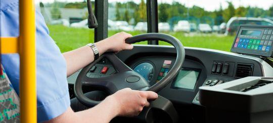 В Госдуме хотят ужесточить ответственность для водителей грузового и общественного транспорта