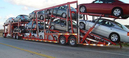 Мантуров: Россия к 2020 году должна экспортировать 25% производимых в РФ автомобилей