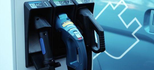 В Москве строят сеть заправок для бесплатной зарядки электромобилей