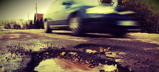 Госдума поддержала поправки в КоАП о наказании за плохие дороги