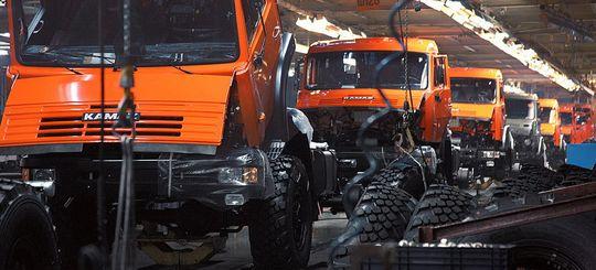 Продажи грузовых автомобилей в июне 2016 выросли на 2% по сравнению с июнем 2015 года
