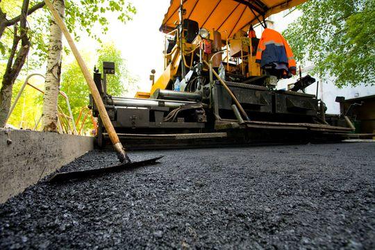 Расходы на строительство и ремонт дорог в России будут сокращены в 2 раза в 2017 году