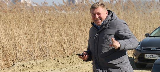 Мэр Калининграда «чуть не поседел», путешествуя за рулем по российским дорогам