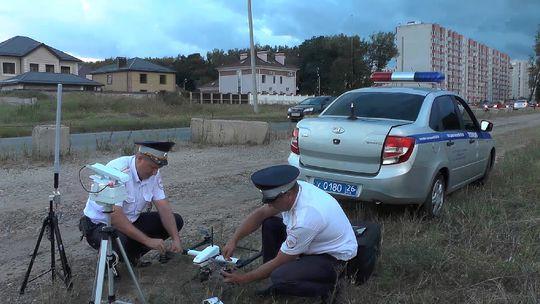 За нарушителями ПДД начали следить квадрокоптеры ГИБДД