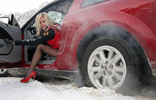 В Госдуме поддержали предложение налагать штрафы за резину не по сезону