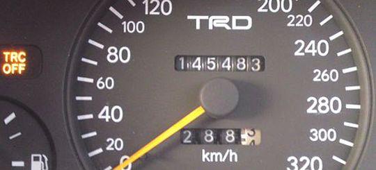 В страховые полисы ОСАГО предложили вписывать пробег автомобиля