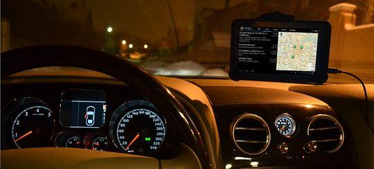 Пользователи такси стали жаловаться на завышенные счета из-за сбоев GPS в Москве