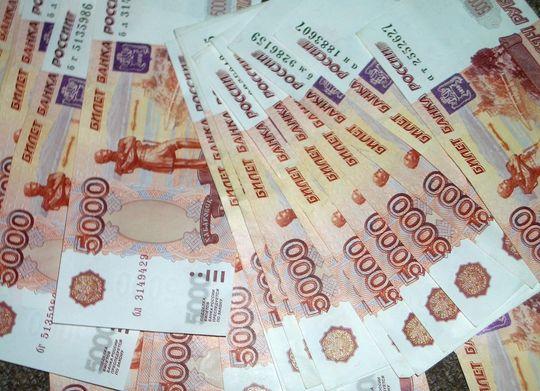 Красноярец отсудил у автодилера 163 тысячи рублей за нарушение договора купли-продажи