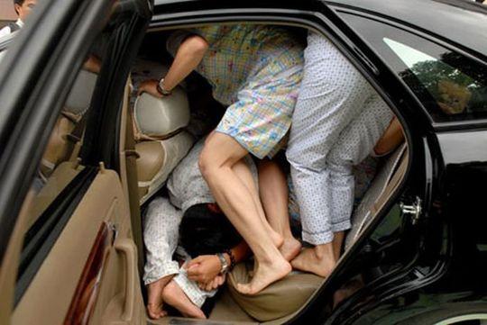 Автомобилям с несколькими пассажирами могут позволить ездить по «выделенке»
