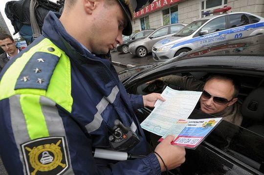 Россияне стали чаще ездить без ОСАГО: автомобилисты осознанно идут на риск, желая сэкономить