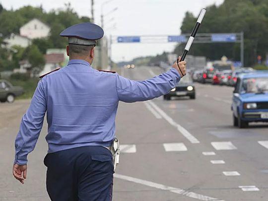 С 1 апреля 2017 года сотрудники ГИБДД будут общаться с водителями по-новому
