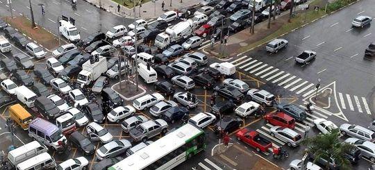 В России могут появиться зоны успокоенного движения для водителей и пешеходов
