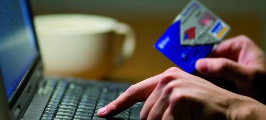 Электронные ОСАГО: страховщики мешают водителям покупать полисы онлайн