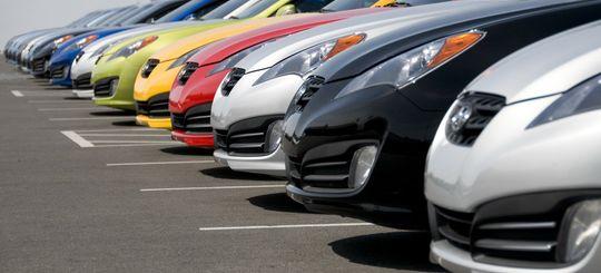 Российские автолюбители потратили на покупку иномарок более 1 трлн рублей за 2017 год