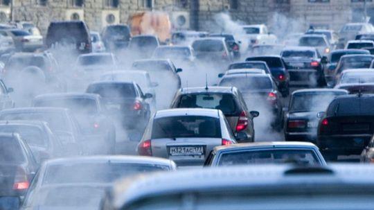 Гринпис бьет тревогу: Москва задыхается от выхлопных газов — центр закроют для въезда?