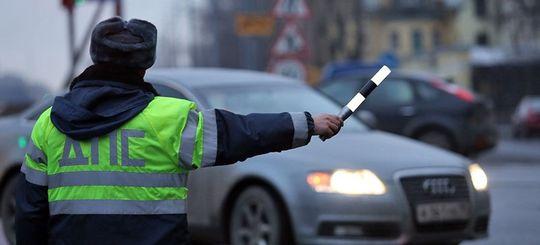 Изменения в регламенте ГИБДД от 20 октября 2017 года: судей за рулем судить нельзя