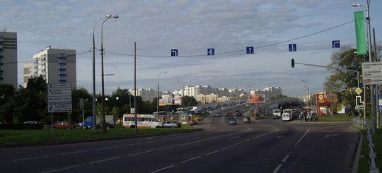 В Москве установят знаки, регулирующие направление движения по полосам