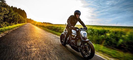 ВОЖДЕНИЕ ЗА ГОРОДОМ — как мотоциклисту избежать аварий на дороге: инструкция для байкеров (от новичка до опытного)