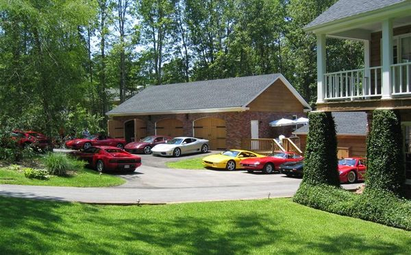 Крутой гараж