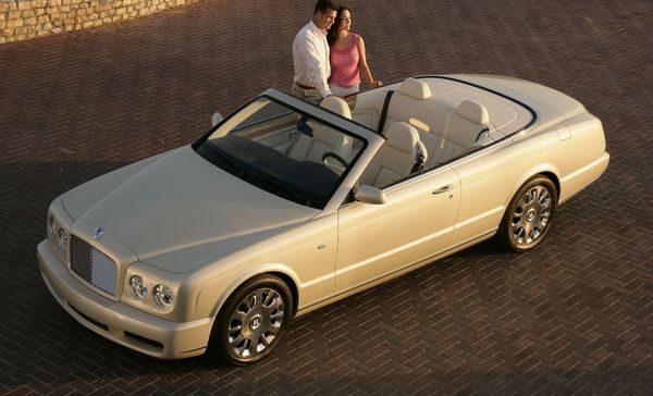 Bentley: Azure vs GTC 2008.