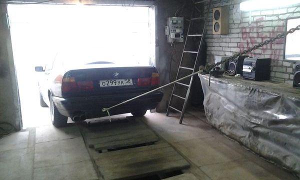 Заезд в гараж задним ходом