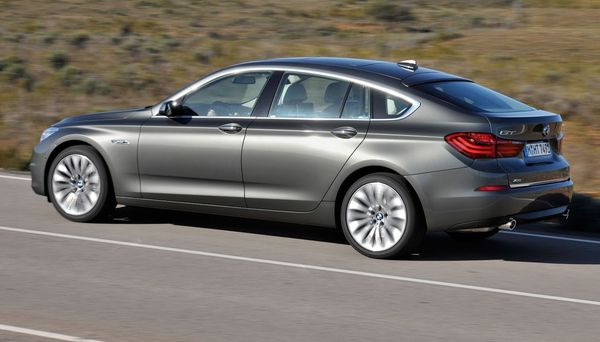 BMW 5 серии 2016. Конкурент Mercedes?