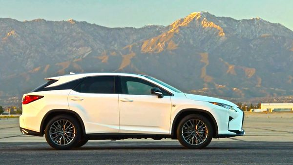 Зарядят ли Lexus RX F?