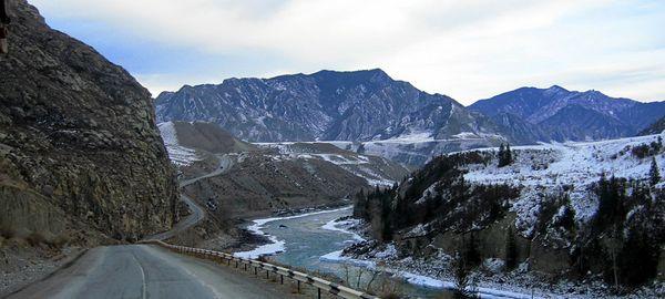 Дороги Алтайского края оборудовали метеосистемами