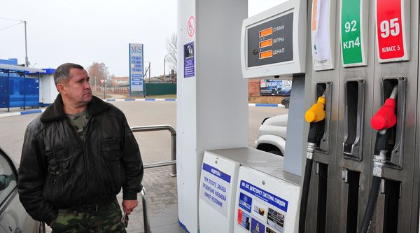 Дворкович пообещал рост цен на бензин в рамках инфляции