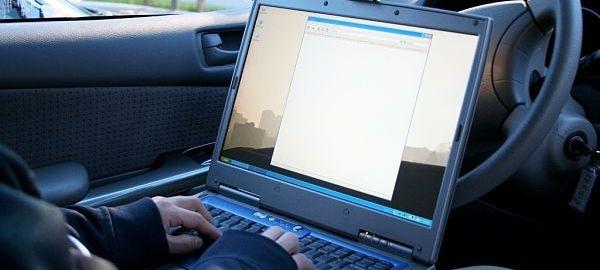 По мнению ГИБДД, выдача электронных полисов ОСАГО поможет бороться с подделками