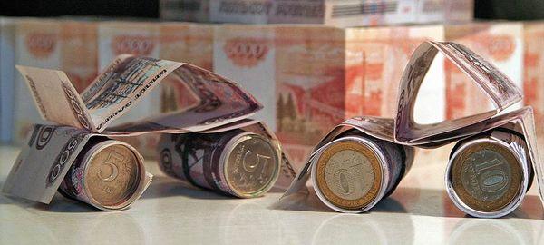 Машины из долларов, денежных купюр