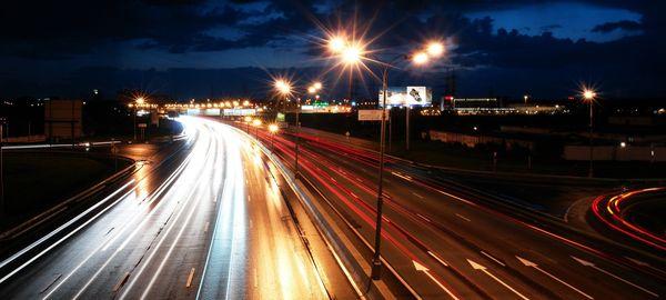 Сергей Собянин поручил улучшить освещение на участках МКАД с наибольшей аварийностью