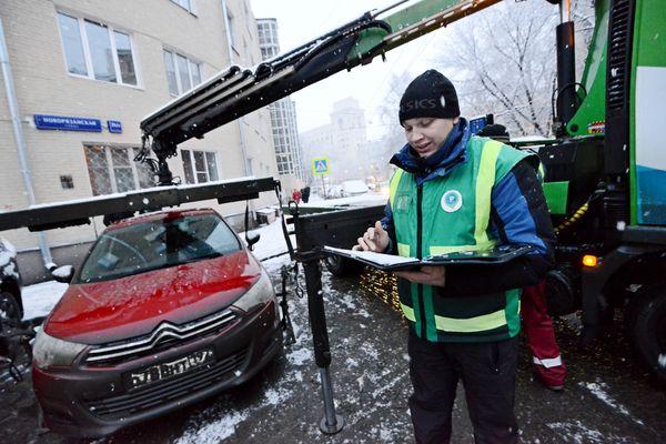 Москвичи стали культурными, и увеличивать количество спецстоянок для эвакуации нет нужды
