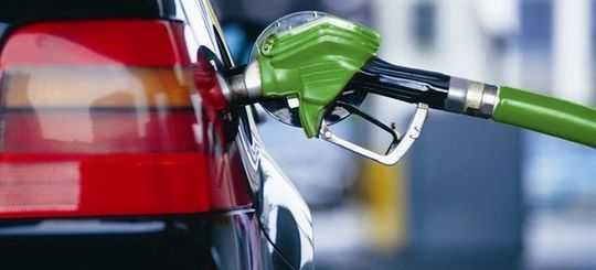 В Госдуме предложили включить в стоимость горючего дополнительную плату за вред от выхлопных газов